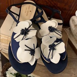 Kate Spade navy white leather flower sandals